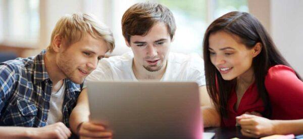Nový notebook nebo tablet si mohou studenti pořídit se slevou ISIC