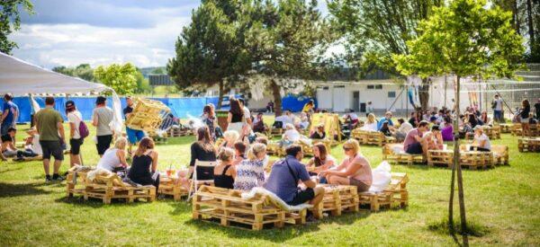 Festival Fingers UP nabídne víc než jen party u bazénu