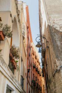 Ulička v Cagliari