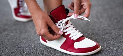 Barefoot boty: jak se zdravě obout a stále vypadat stylově